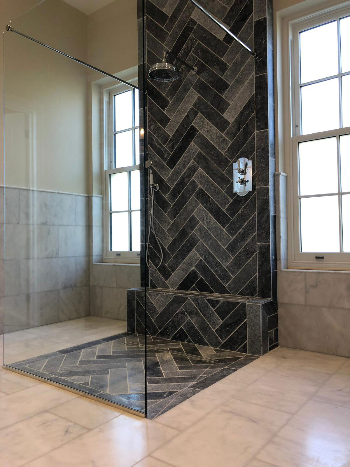 Plumbing_Solutions_Plus_walk-in-shower-Burnham